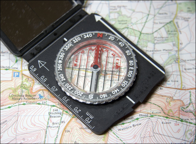 compass-and-topo623